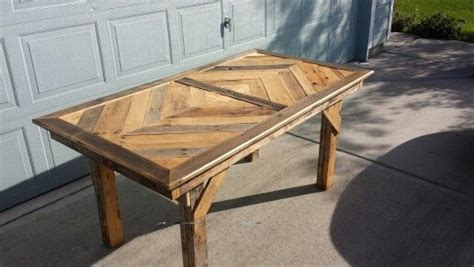 Dining Room Table Made From Pallets Pallet Dining Room Table Build It