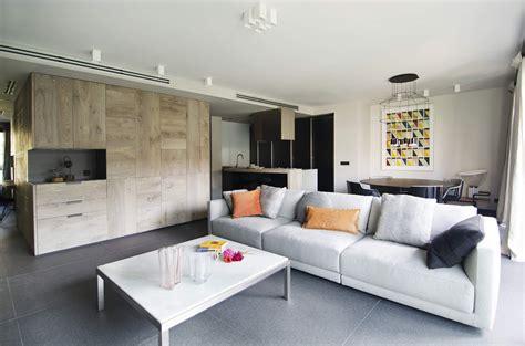 fotos de interiorismo interiorismo y decoraci 243 n piso en sarri 224 coblonal