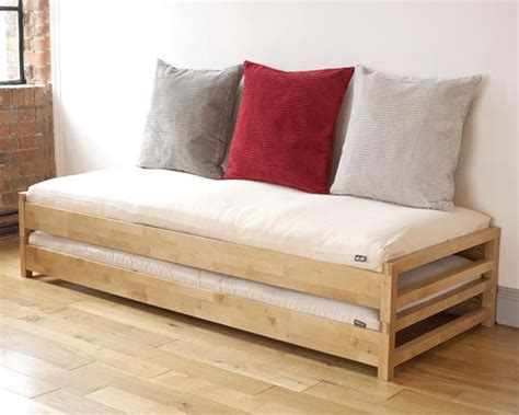 un futon best 25 futon bed ideas on futon bedroom