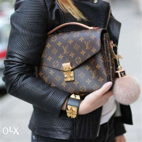 Lv Metis Pochete Semprem louis vuitton pochette metis fur charm look of lvoe bags style and wallets