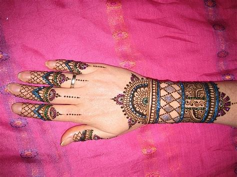 henna tattoo colors 30 gorgeous wrist mehndi designs sheplanet
