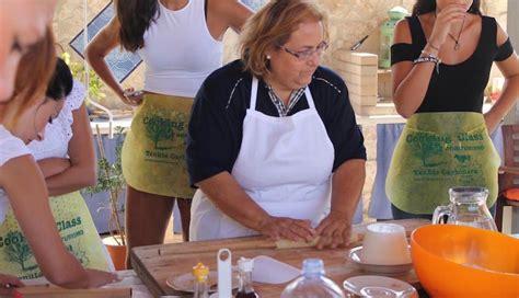 corso di cucina ragusa corsi di cucina ragusa una lezione di cucina in