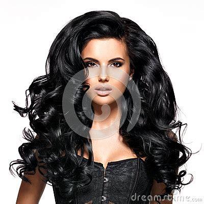 mujer con el pelo negro largo sano lujuriante foto de mujer morena hermosa con el pelo negro largo