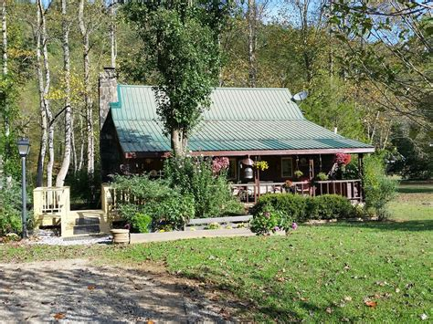 Toccoa River Cabins by Pet Friendly Toccoa Riverfront Cabin With Vrbo