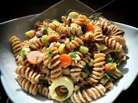 pasta salad box vegan no meat balls