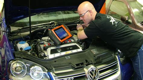 study to be an automotive electrician pathways to aus