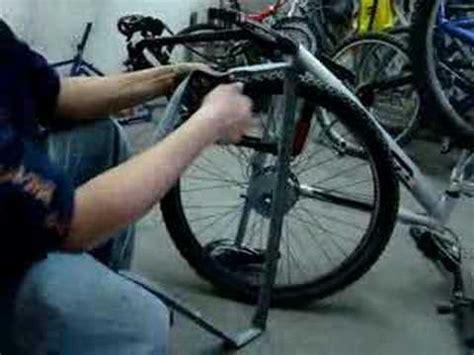libro las bicicletas son para mecanica para bicicletas cambio de llanta youtube