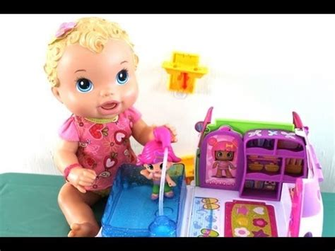 baby alive doll and pinypon feeding the hungry baby doll