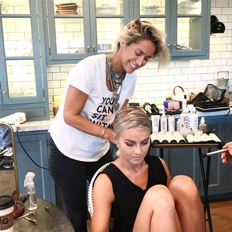 how to julianne hough s v shaped look by riawna capri how to julianne hough s v shaped look by riawna capri