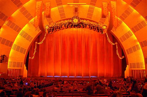 radio city music hall curtain radio city music hall radio city 75th christmas