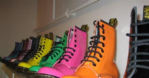 Sepatu Doc Mart Low sejarah dibalik sepatu boot doc mart tausejarah