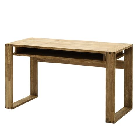 schreibtisch massivholz schreibtisch lumberjack aus ge 246 ltem massivholz kaufen home24