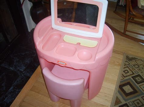 little tikes table and chairs pink little tikes table and chairs pink little tikes table