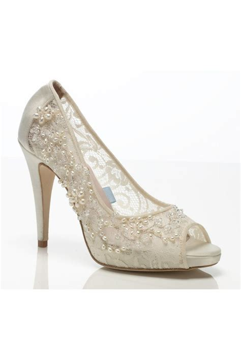 Best Bridal Shoes by Trend Sepatupria Best Bridal Shoes For Outdoor Wedding Images