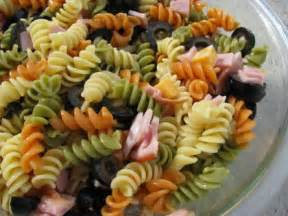 tri color pasta salad with italian dressing tri color pasta salad recipes italian dressing