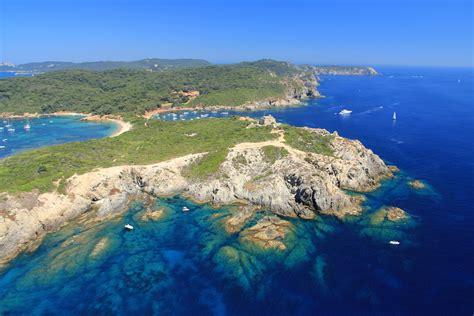 porquerolles island bespoke yacht charter