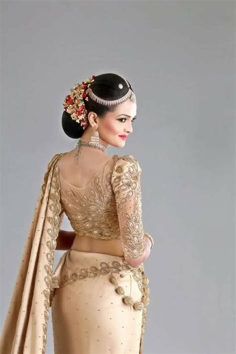 hairstyles for sarees in sri lanka 1000 images about indian low bun hair styles on pinterest