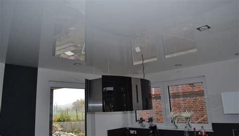 deckendesign wohnzimmer deckendesign spanndecken lackspanndecken lichtdecken