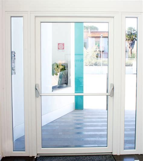 porte antipanico dimensioni nuova porta antipanico in pvc per le uscite di sicurezza