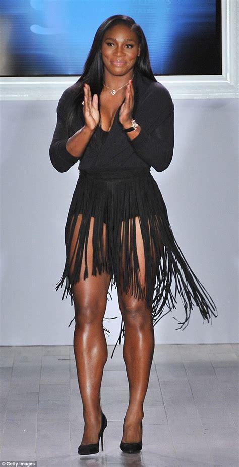 Calendario De Serena Williams Serena Williams Puts On A Leggy Display As She S Named