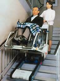 treppe re rollstuhl treppenraupen f 252 r rollstuhlfahrer zum 220 berwinden