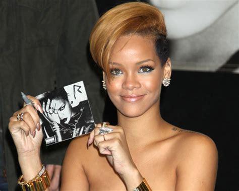 Rihanna Best Seller Premium rihanna 462619 it 252 s 246 zl 252 k g 246 rseller