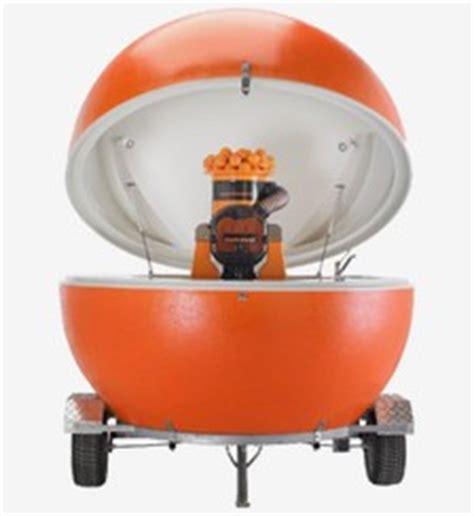chioschi mobili su ruote zumoval lancia il suo quot chiosco quot spremute fresche su ruote