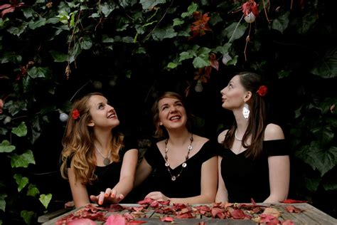 swing syndicate the vintage swing syndicate vocal harmony trio london