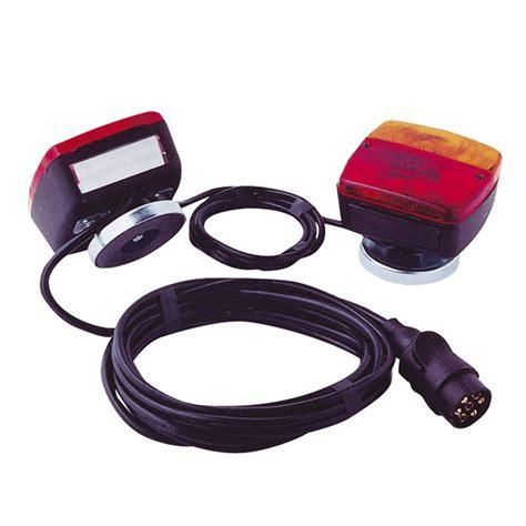 kit eclairage remorque kit d 233 clairage magn 233 tique avec c 226 ble entre feux de 4 m et c 226 ble d alimentation de 7 5 m