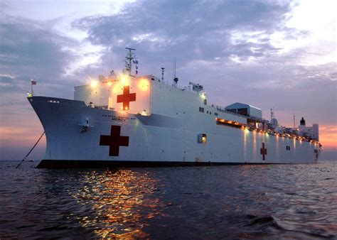 Usns Comfort Commanding Officer by Ems Solutions International Barcos Hospitales M 225 S Grandes