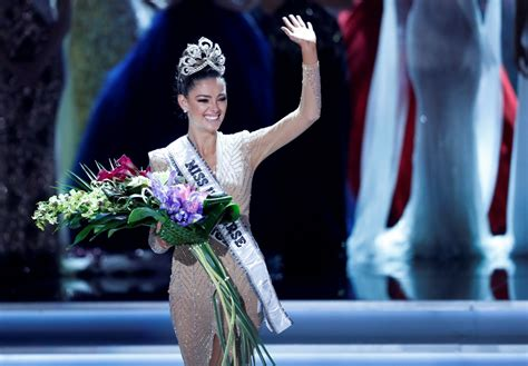 We A Miss Universe Contestant by Miss Universe 2017 South Africa Contestant Wins Crown