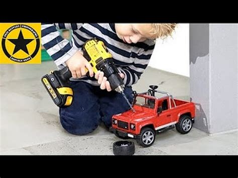 Bruder Toys 2591 Land Rover Defender Up bruder toys for children 2591 land rover defender pimped