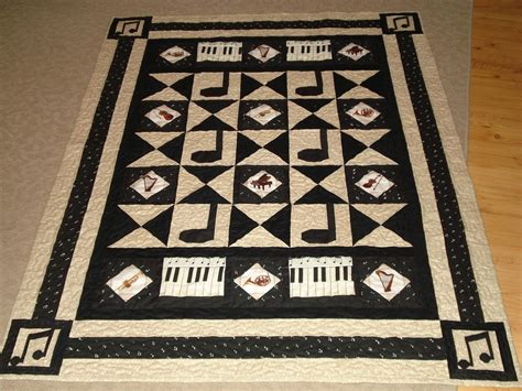 Music Themed Quilt Patterns | music themed quilt wallhanging and mini quilt musical
