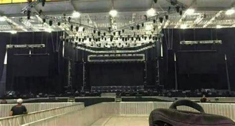 bts konser di indonesia intip kemegahan panggung konser bts di indonesia okezone