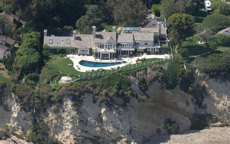 barbra streisand house barbra streisand 100 million dollar homes star map la city guide movie star homes map
