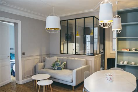 pied 224 terre per quattro a parigi living corriere
