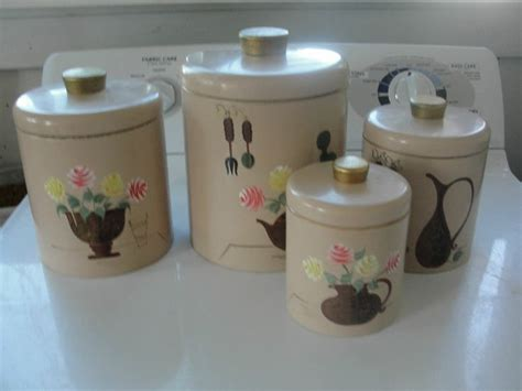 vintage metal kitchen canister sets kitchen canister set of 4 vintage metal tin