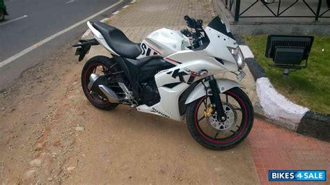color run sf white suzuki gixxer sf for sale in bangalore 3 yrs