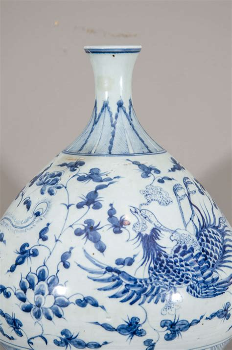 Large Blue And White Vases by Large Blue And White Gourd Vase At 1stdibs