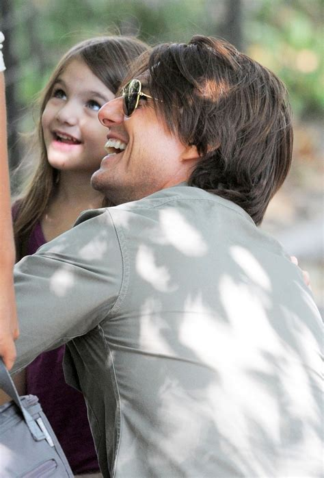 tom cruise and suri 2016 tom cruise and suri flying act suri cruise photo
