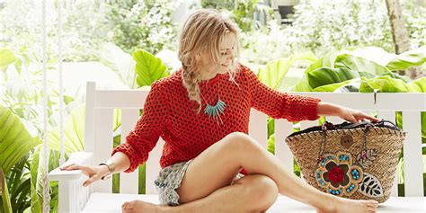 Christmas Decorating Ideas For The Kitchen by Jennifer Morrison S Summer Style Beach Inspired Fashion