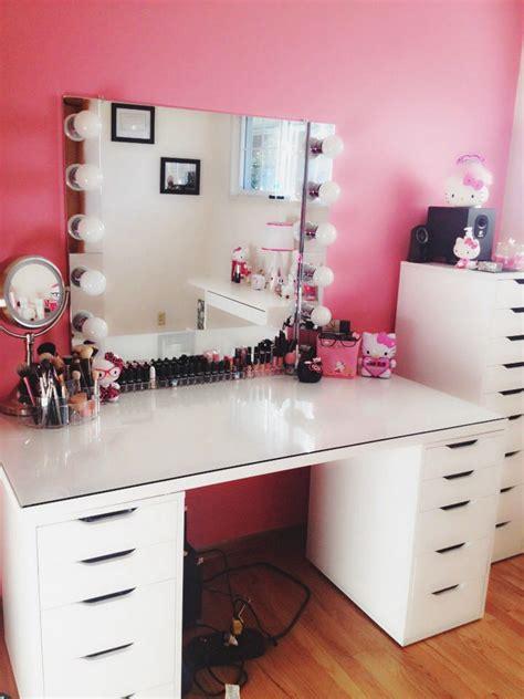 diy bedroom vanity 17 best images about bedroom goals on makeup vanities diy makeup vanity and glitter