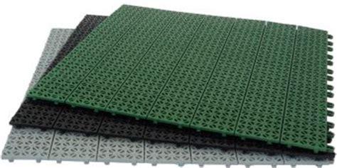 pavimenti da giardino in plastica pavimentazioni in plastica per esterni e giardini da incastro
