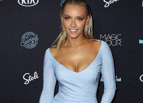camille kostek dishes on cheerleading modeling and acting camille kostek dishes on cheerleading modeling and acting