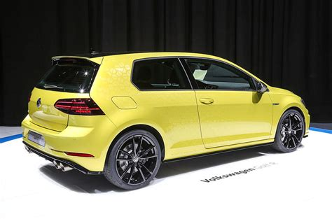 Vw Golf R Performance by Volkswagen Golf R Performance Pack Being Considered For Uk