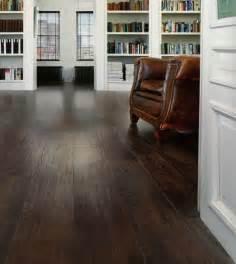 Karndean Flooring Bathroom - luxury vinyl plank flooring that looks like wood
