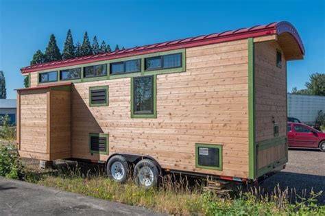 Tiny House Plans On Wheels 222 sq ft tiny house with expanding slide outs