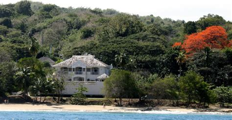 tobago houses 3 bedroom beachfront home for sale stonehaven bay tobago