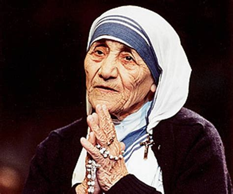 biography about a mother mother teresa biography childhood life achievements