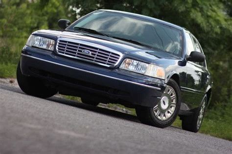 how to sell used cars 2005 ford crown victoria parental controls sell used 2005 police interceptor street appearance unit blue issued to one officer clean in